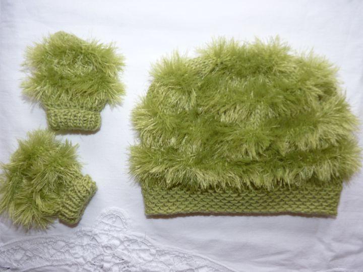 Bonnet et mouffles pistache, ref 0529, naissance, disponible