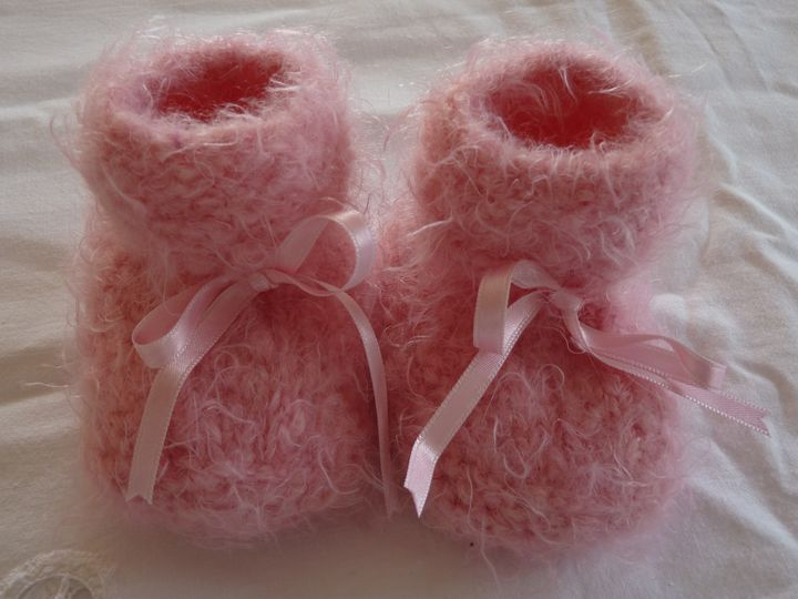 chaussons mohair rose, ref 0588, naissance, disponibles
