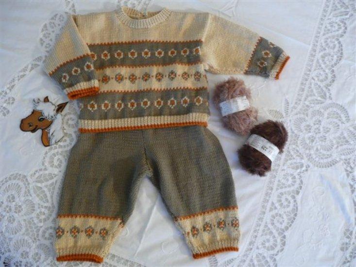 pull et pantalon assorti,dessins jacquard - tricot fait main Sosabel