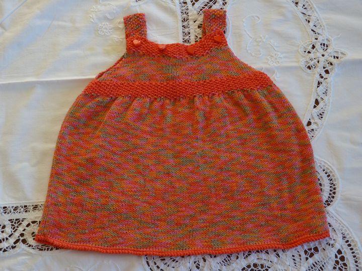 robe à bretelles, ref 0550, 6 mois.disponible